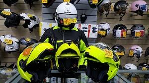 ¿¿Porque comprarme un casco o chaqueta fluorescente??